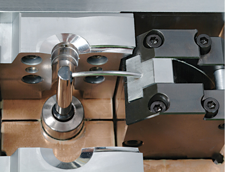 Larg 32 Cavity Production mold close up